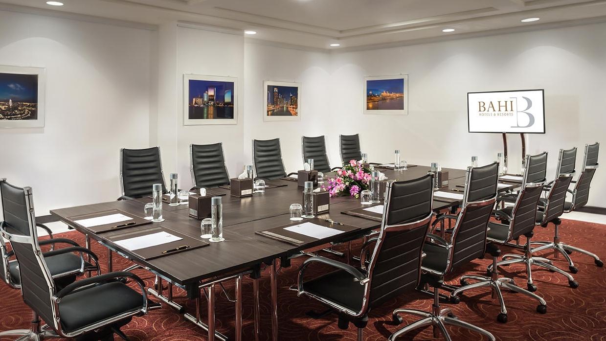 Boardroom Bahi Ajman Palace