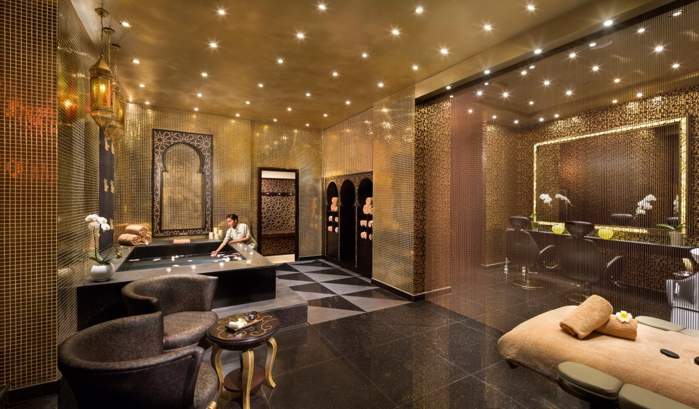 المرافق في فندق باهي قصر عجمان