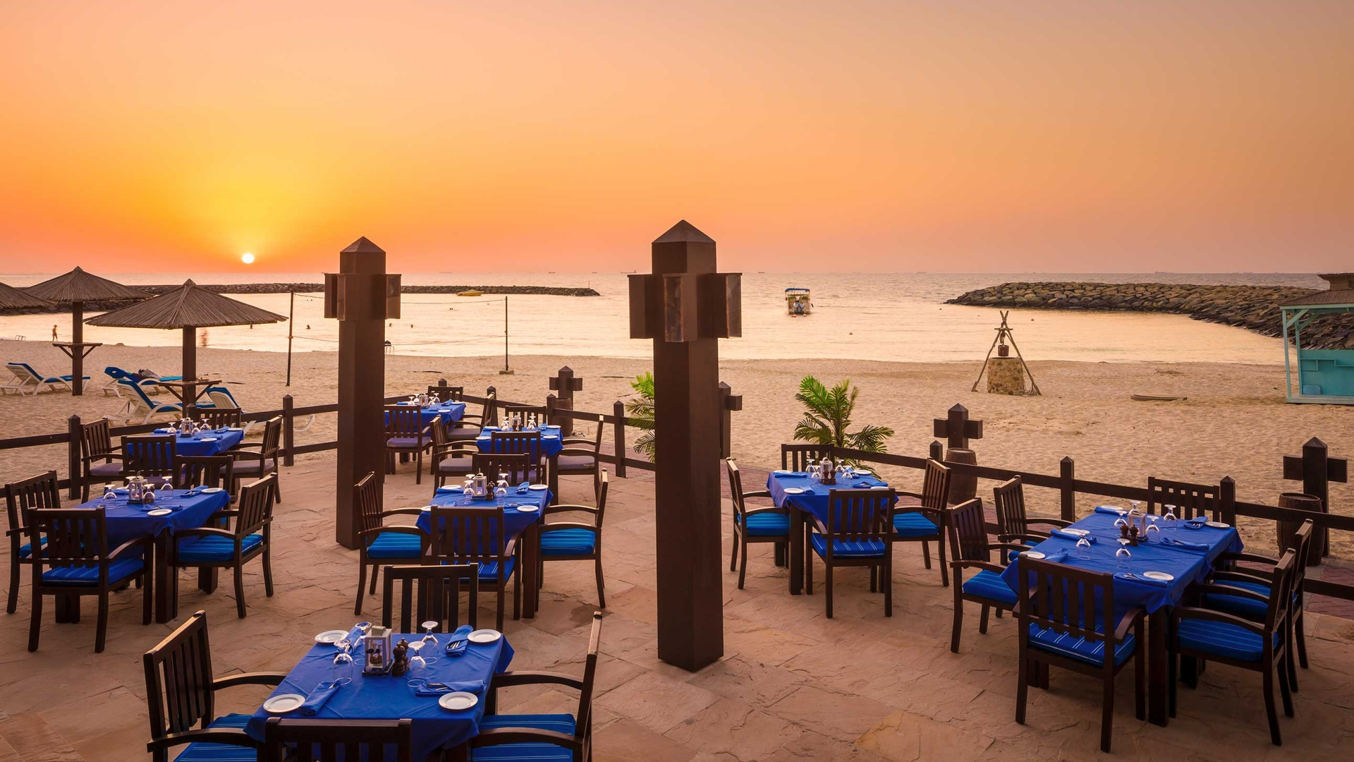 outdoor restaurant Coral Beach Resort Sharjah