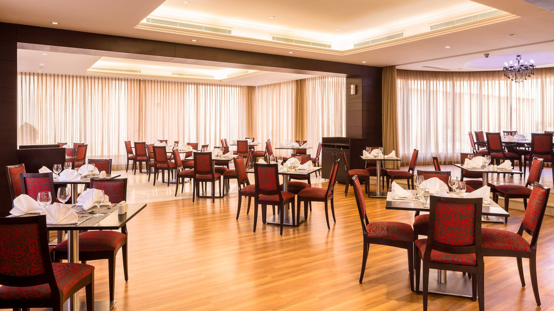 مطعم فندق كورب عمان