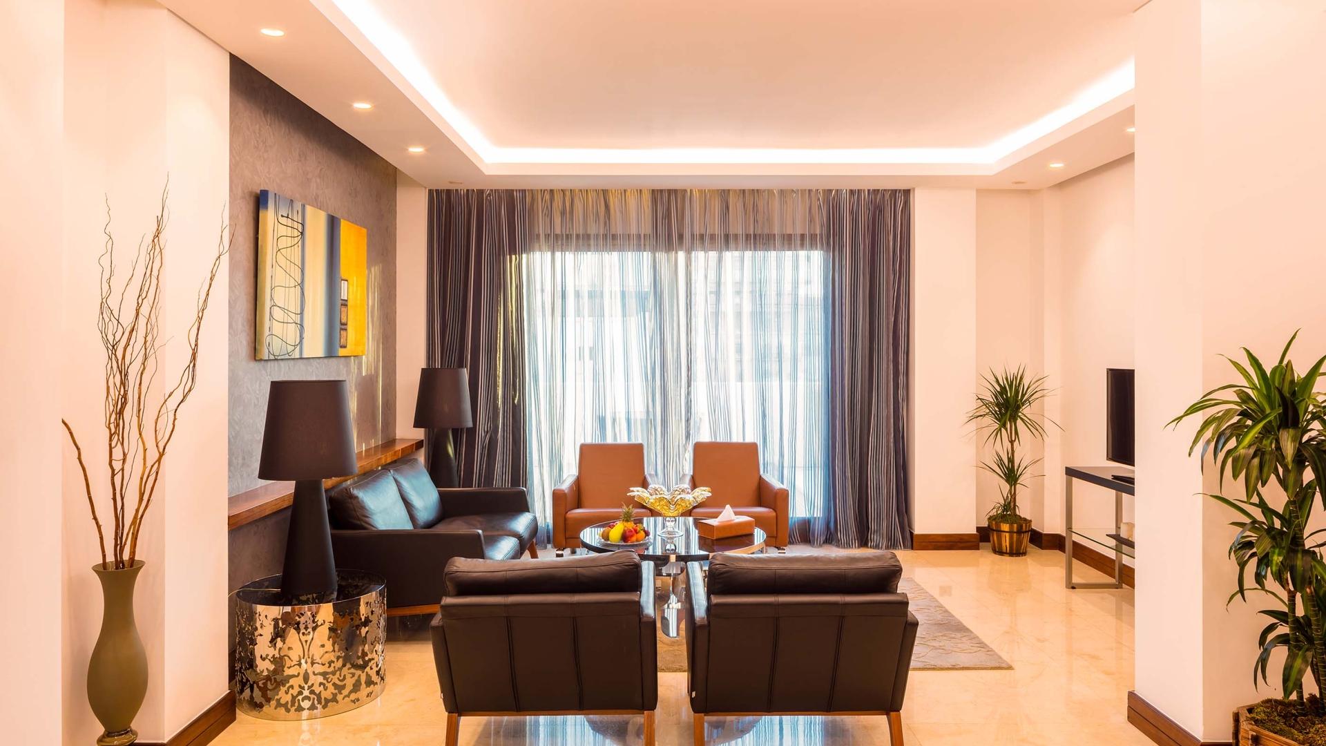 غرف الجلوس في فندق كورال بيروت الحمراء
