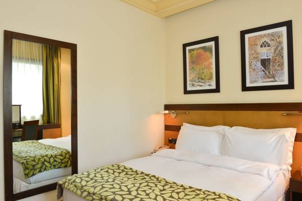 Coral Beirut - Business Suite 4