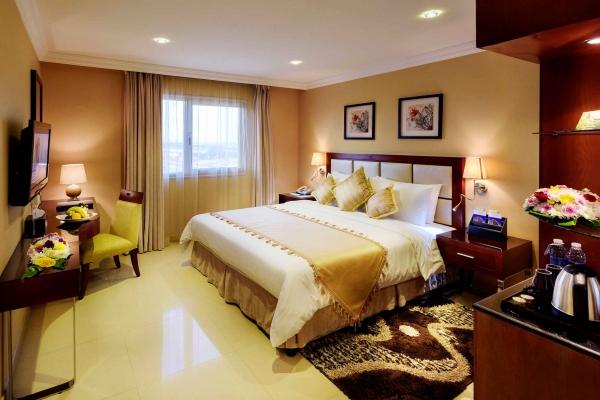 Coral Jubail Hotel Executive Suite Bedroom