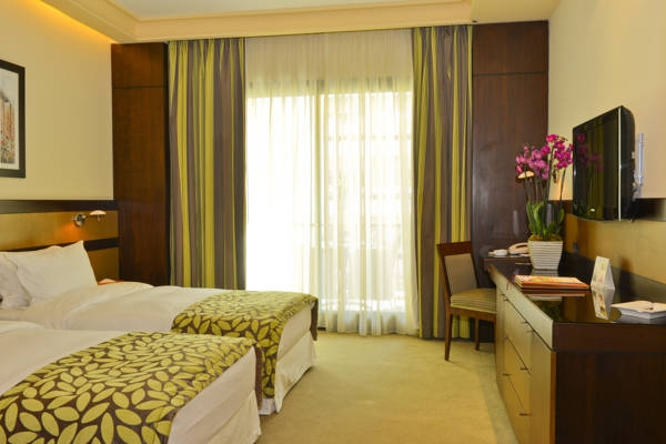 Coral Beirut Deluxe room 4