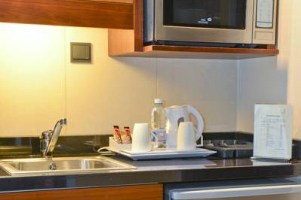 Coral Beirut Deluxe Room Kitchen