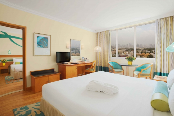 Coral Beach Resort Sharjah Family room city view 3