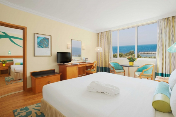 Coral Beach Resort Sharjah Family room sea view 2