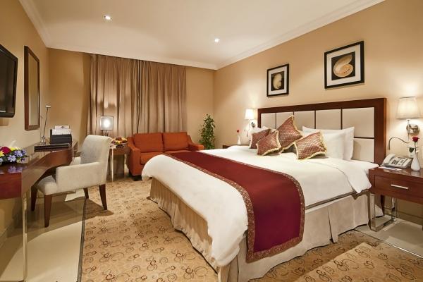 Coral Jubail Hotel Standard Room Bedroom 2