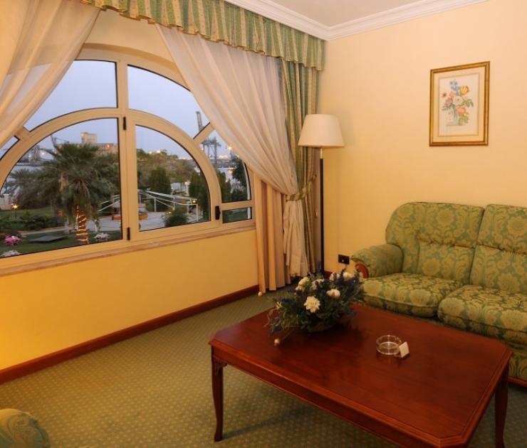 Deluxe Room Coral Port Sudan Hotel