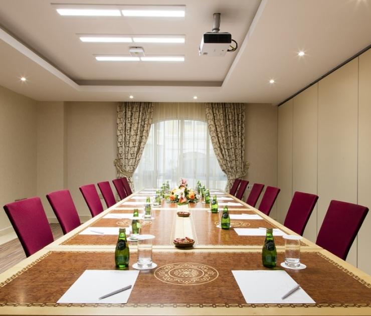 اجتماعات الشركات في فندق كورال مسقط
