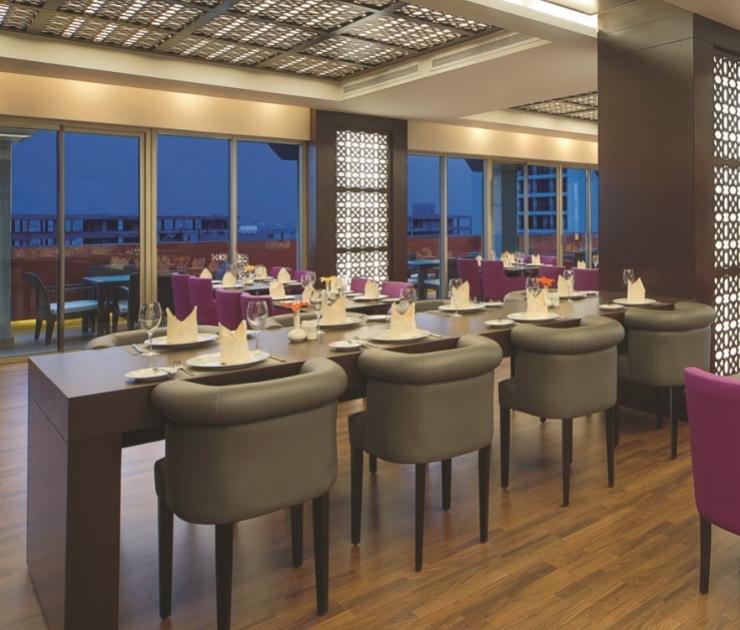 فندق كورب عمان مطعم موود