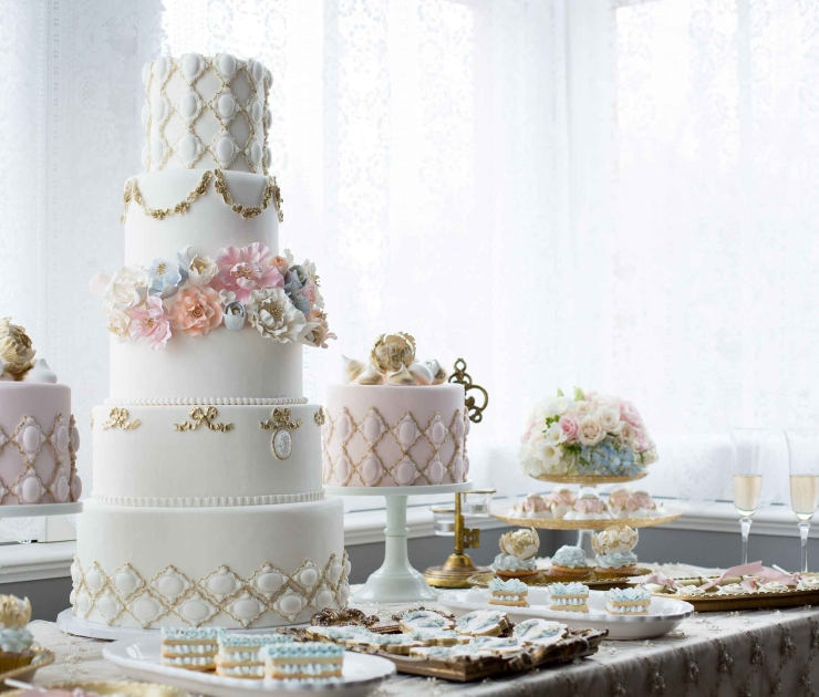 wedding cake Corp Amman